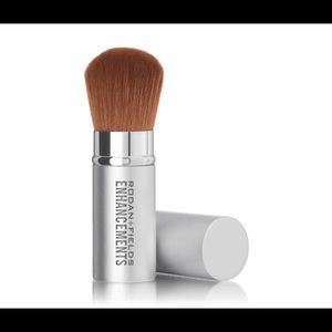 NWOT -  Retractable Cosmetic Brush